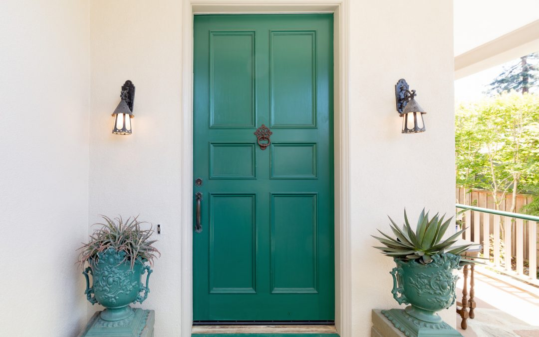 How to Paint a Door Like a Pro: 5 Tips